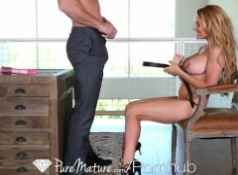 HD PureMature MILF Corrina Blake shows off her new toy...