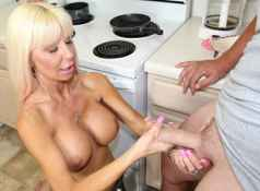 When horny housewife Kasey Storm doesn't get her way she gets very angry. She takes Bill by the balls...